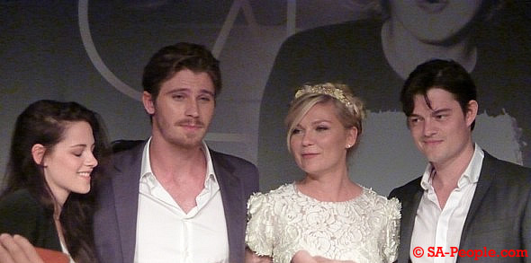 Kristen Stewart, Garrett Hedlund, Kirsten Dunst and Sam Riley at today's On The Road press conference at Cannes 2012